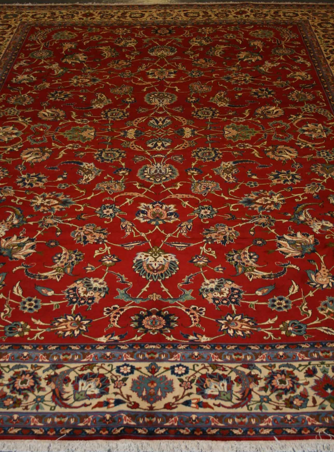 A typical example of a Najafabad rug