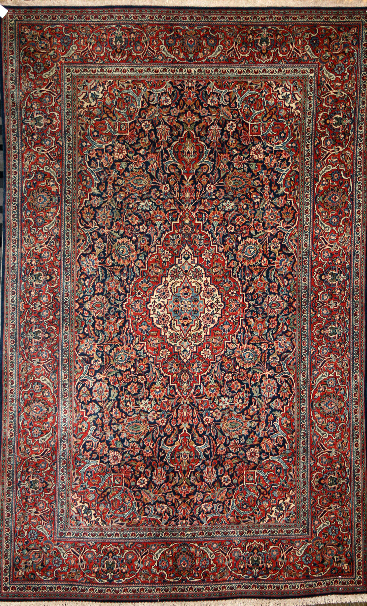 Persian Hand Knotted Kashan Rug In Wool Cotton Foundation